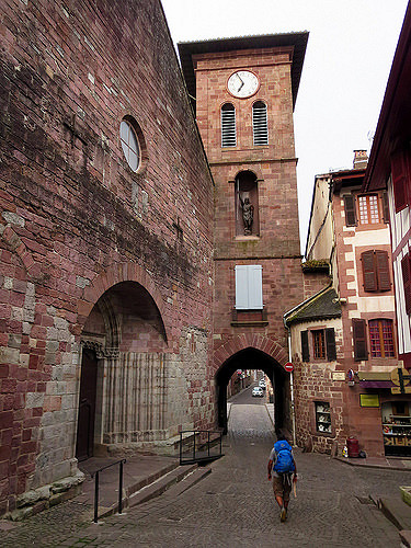 Leaving Saint Jean Pied de Port (note the clock: we were out before 7am!)
